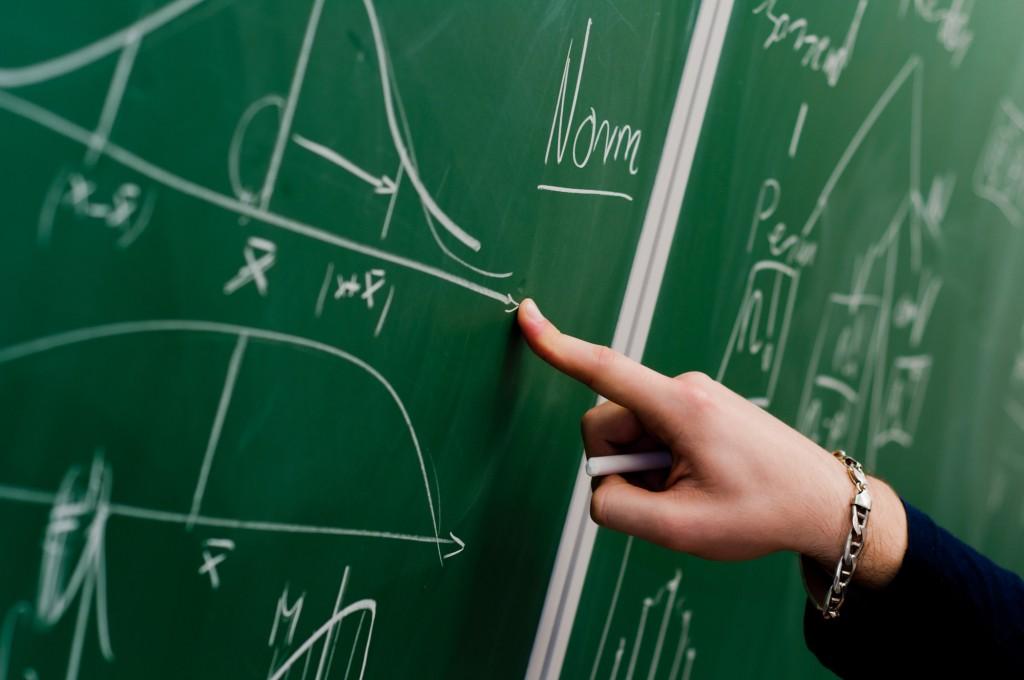 Optionen und Derivate haben den Ruf nur von Mathematikern verstanden zu werden -  dabei können sie von jedem Interessierten verstanden und eingesetzt werden